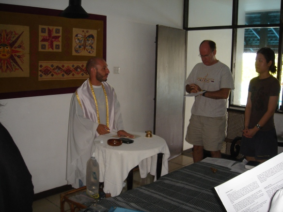 Er..what do we sing - morning mass @ Seashells Hotel, Negombo